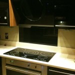 Glossy Kitchen Installation