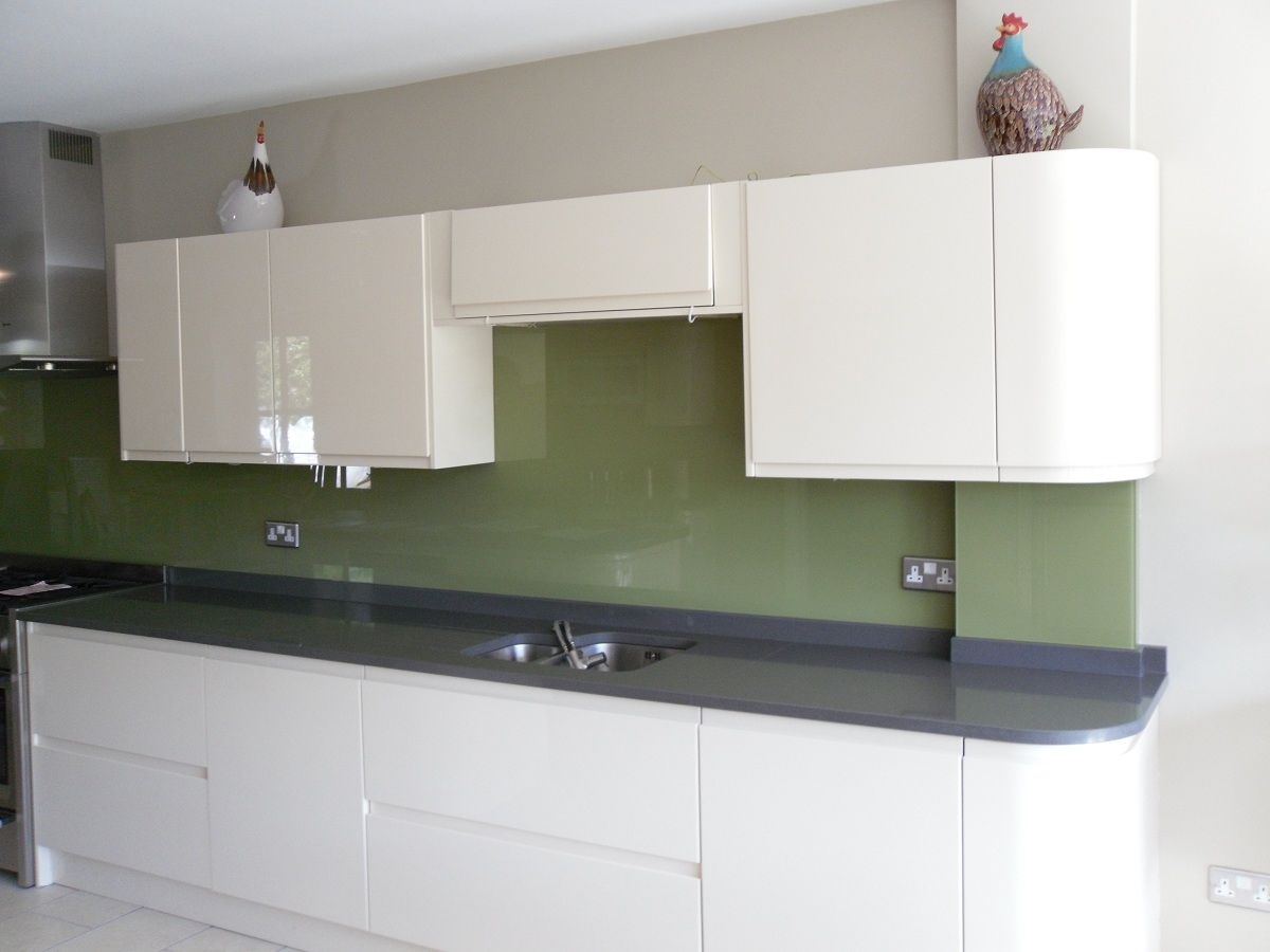handle less kitchens take less space to get installed they are hassle